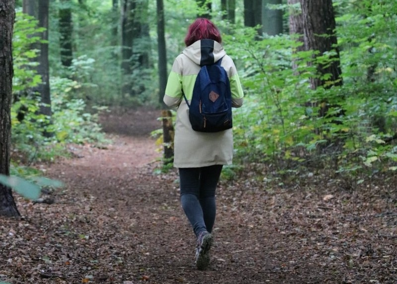 annelies in het bos